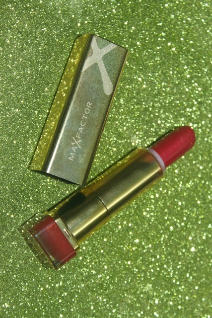 Maxfactor_Color_Elixir_Lipstick_in_Chilli___3_