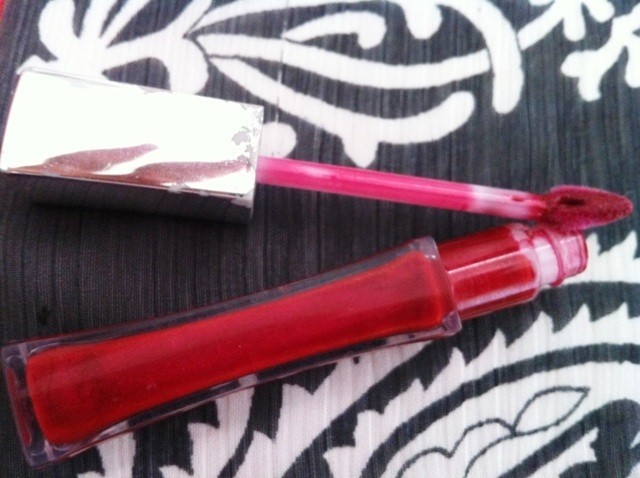 l_oreal-infallible-8-hr-le-gloss-rebel-red-5