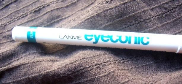 lakme_eyeconic_white_kajal_3