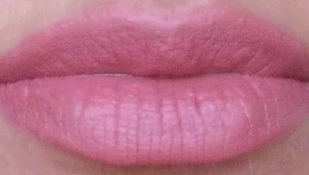 nude-lips-2