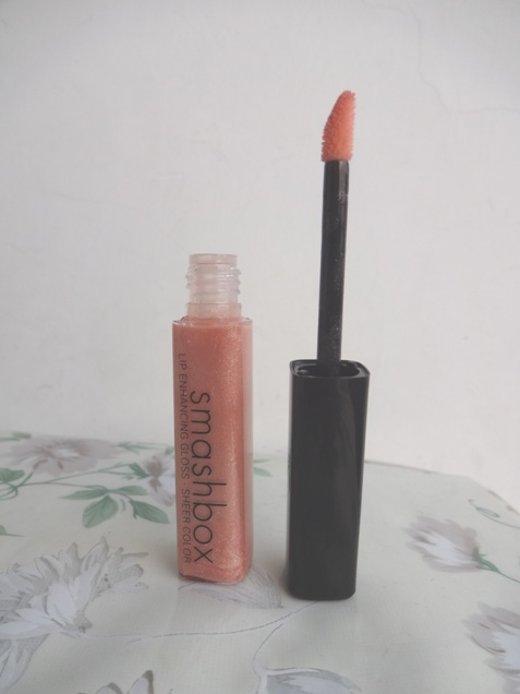 Smashbox_Lip_Enhancing_Gloss_2