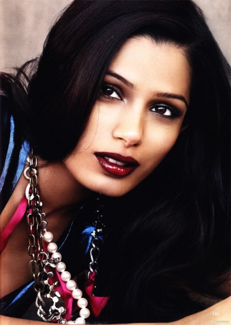 frieda_pinto_makeup