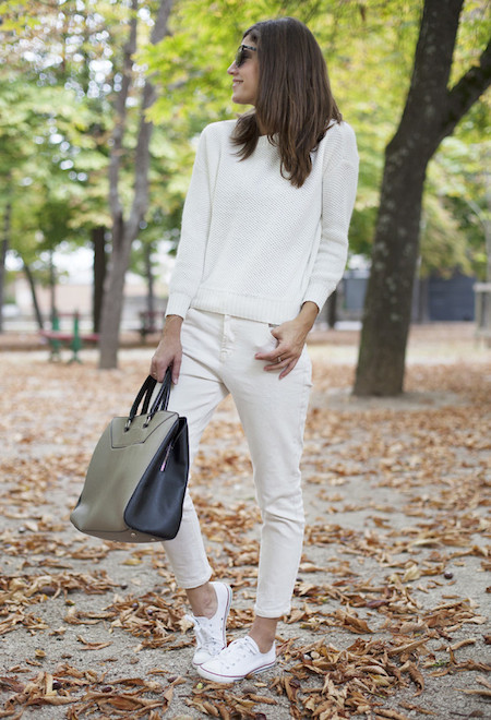 How to style sneakers white