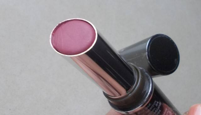 Lakme_Absolute_Cr_me_Lipstick_Eternal_Wine___1_