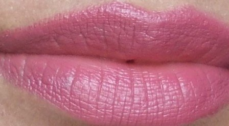 Lakme_Absolute_Cr_me_Lipstick_Eternal_Wine__swatches__2_
