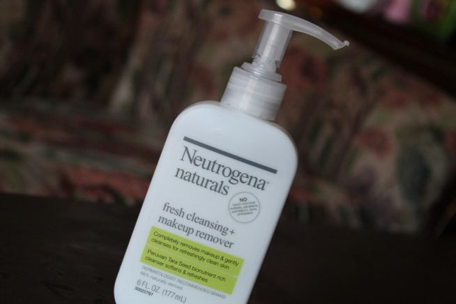 Neutrogena Naturals Fresh Cleansing + Makeup Remover Review