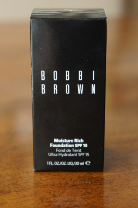 Bobbi Brown Moisture Rich Foundation SPF 15 Review