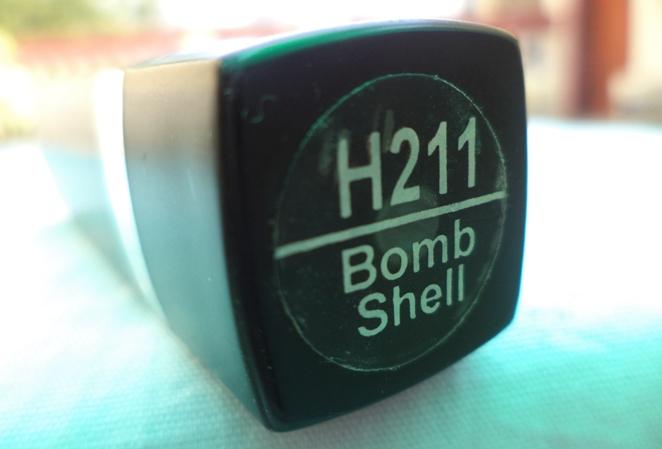 Coloressence Mesmerising Lip Color Bomb Shell