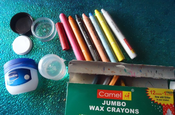 how to make your own lipstick with crayons and vaseline