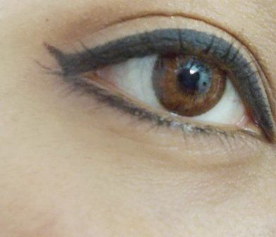 Best Colored Contact Lenses For Indian Skin Tones