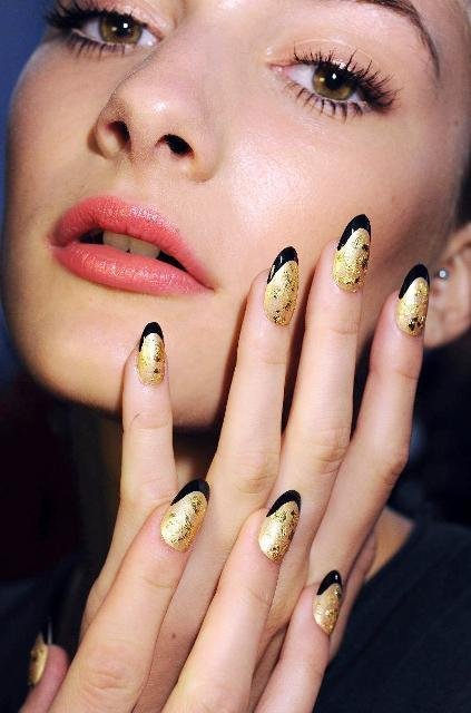 6 Classic Nail Shapes You Can Try
