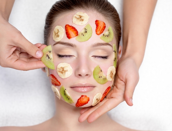 Strawberry yogurt facial