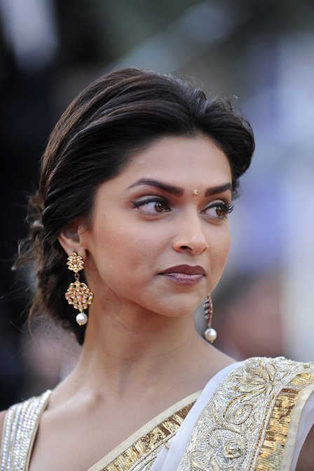 Deepika Padukone S Indian Earrings Collection