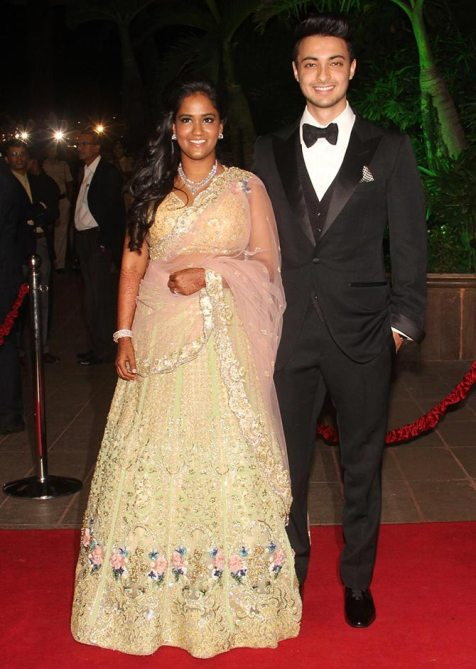 Best Dressed Celebrities at Arpita Khan's Wedding Reception