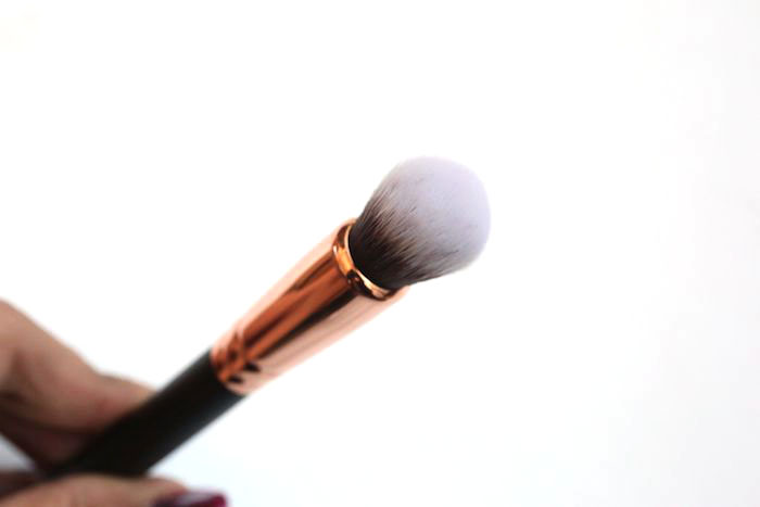 zoeva face shape brush 110