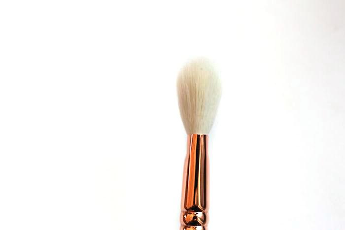 zoeva luxe sheer cheek 127 brush review