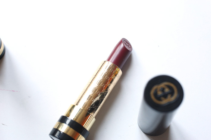 gucci-luxurious-lipstick-purpurite-490-2