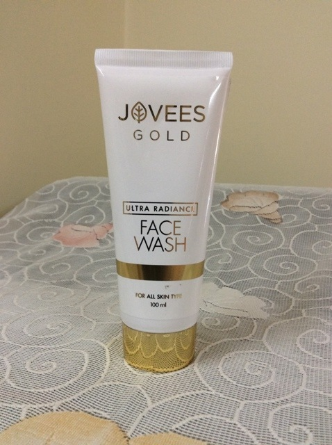 Jovees Gold Ultra Radiance Face Wash (4)