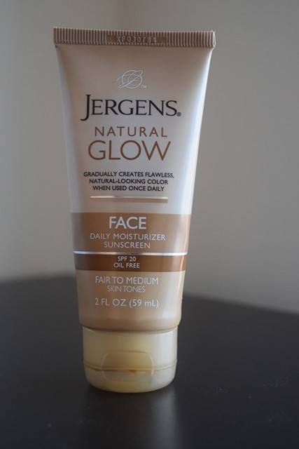 Jergens Natural Glow Face Daily Moisturizer Review