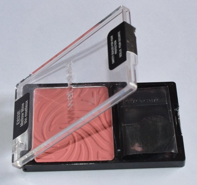 Wet n Wild Color Icon Mellow Wine Blusher Review