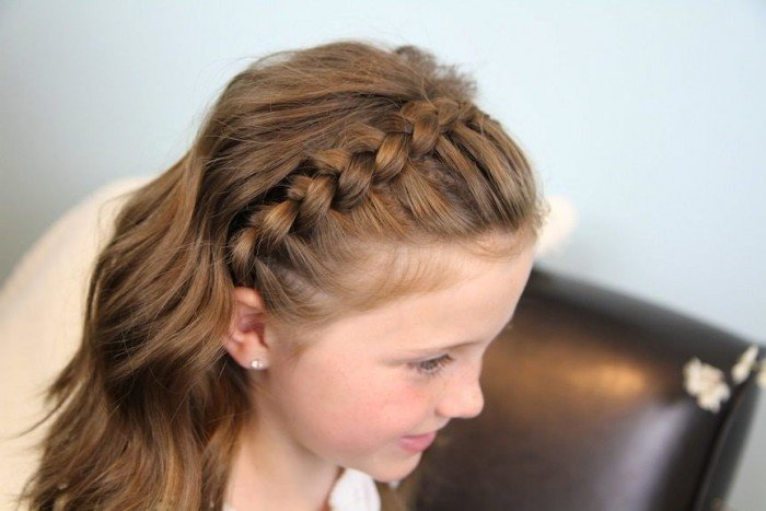 Quick And Easy Summer Hairstyles For Curly Wavy Hair