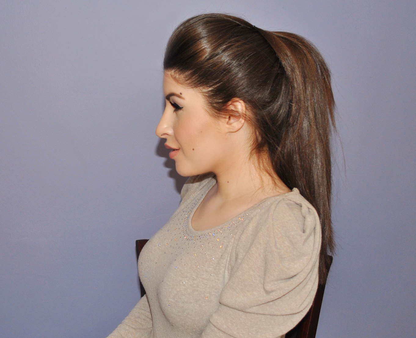 Hairstyle Ponytail : hairstyle for office, college or school going girls; this ponytail ...