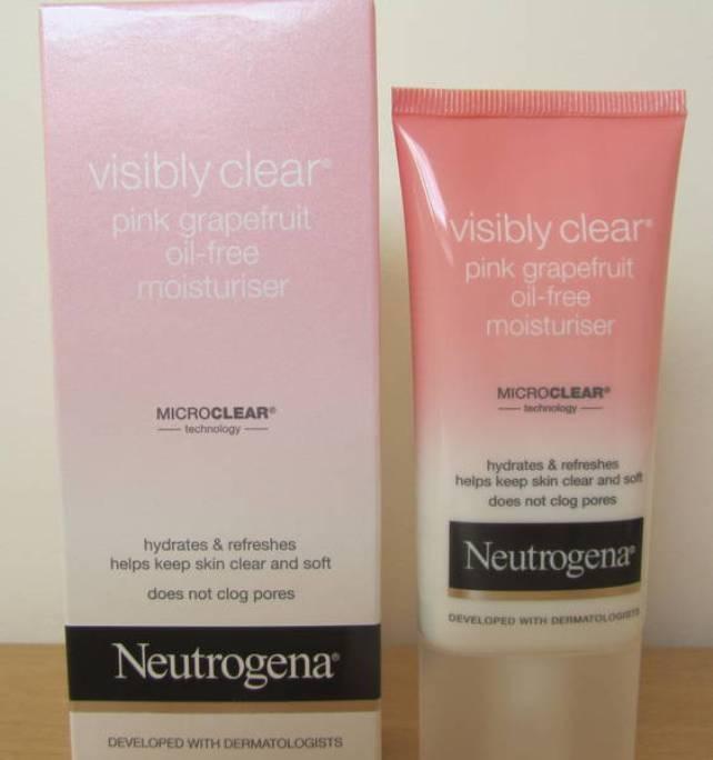 Neutrogena Visibly Clear Pink Grapefruit Oil-Free Moisturiser Review1