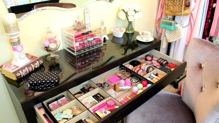 Best tips to spring clean your makeup collection Makeup organizer ideas