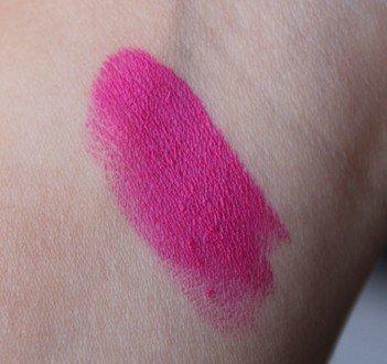 Urban Decay Matte Menace Matte Revolution Lipstick Review9