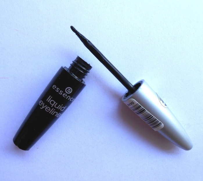 Essence Black Liquid Eyeliner Review