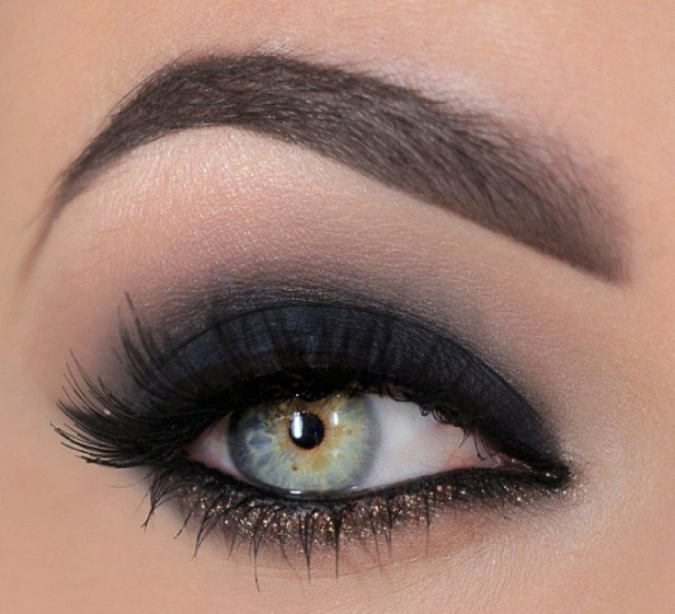 What Does Your Favourite Makeup Look Say About You7