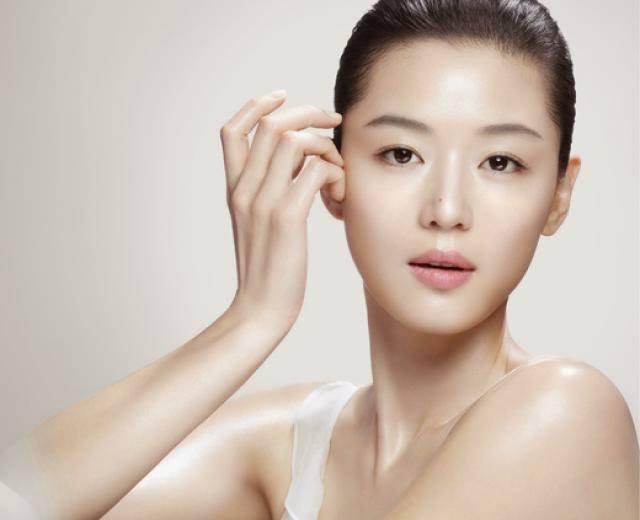 The 10-Step Korean Beauty Regimen