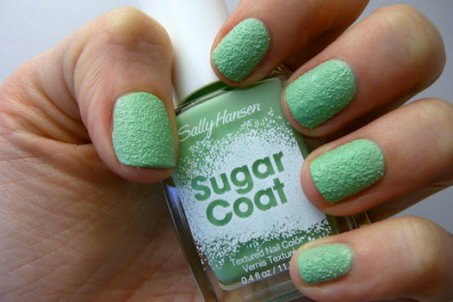 Line Texture On Nails : Must try nail trends for spring summer