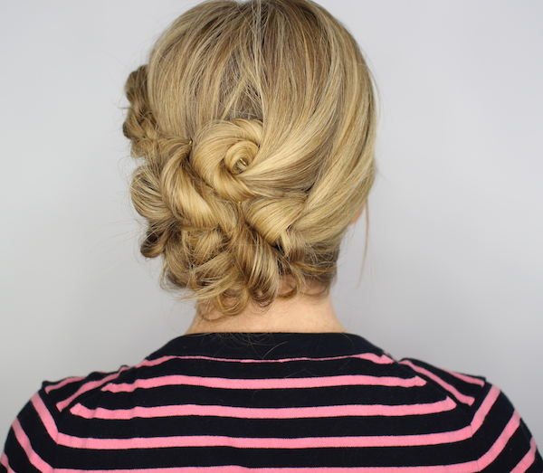 knotted-updo