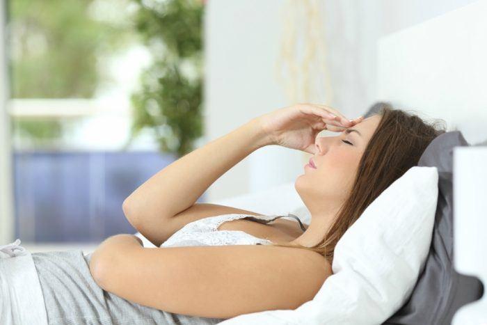 women headache during periods
