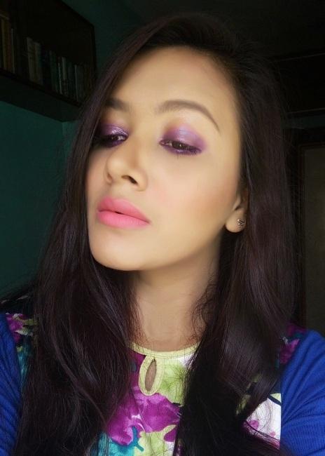 Glossy Purple Eye Makeup Look1