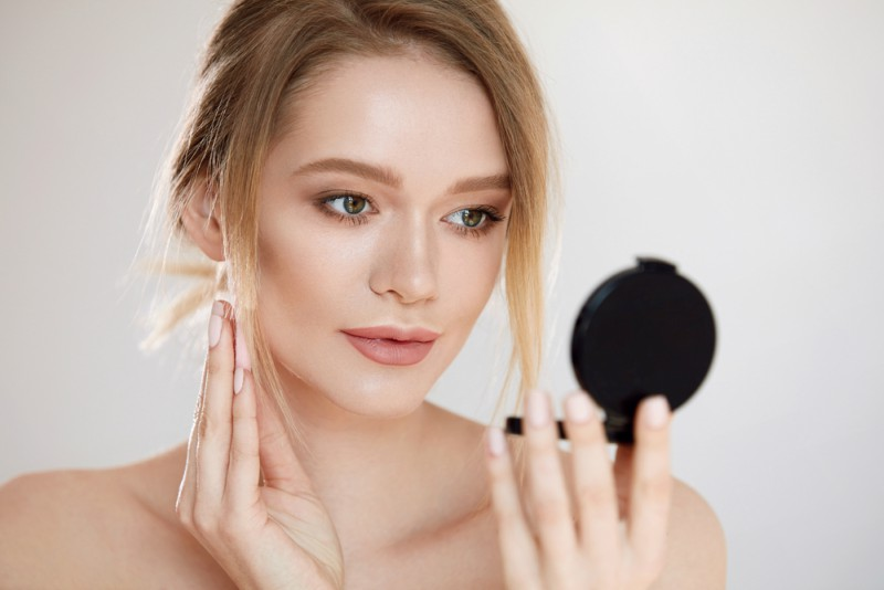 6 Best MAC Foundations for Dry Skin