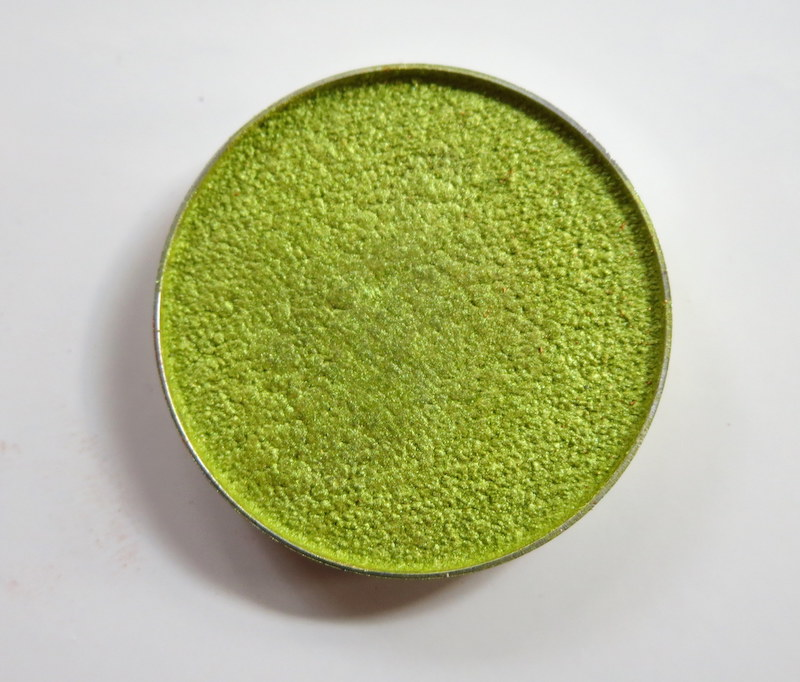 Makeup Geek Foiled Eyeshadow Limelight Review
