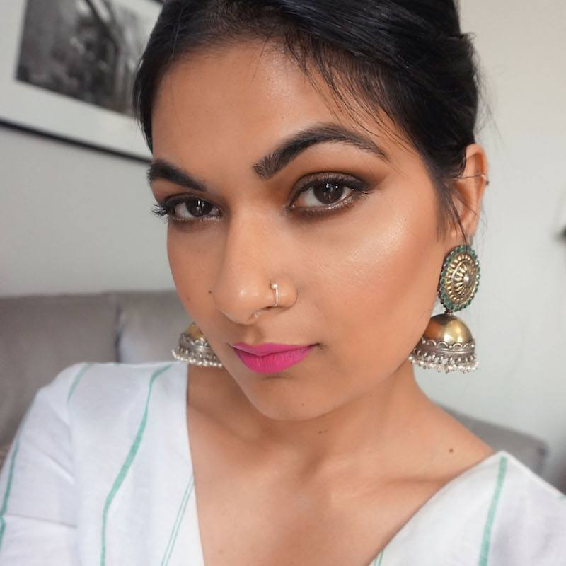 pink lips makeup look