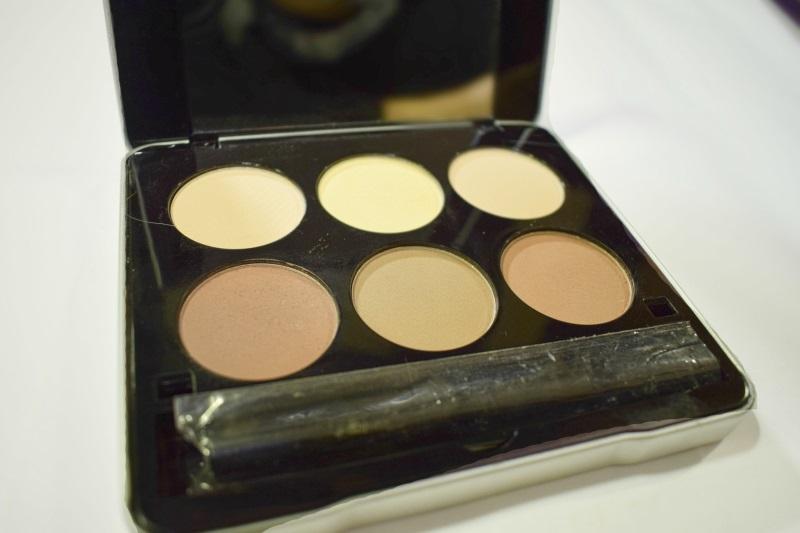 Me Makeover Essentials Contour Kit Review